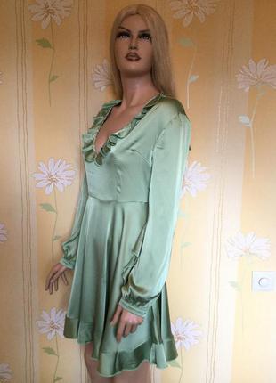 Платье атласное сатиновое нарядное вечернее коктейльное воланы...
