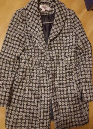 Весеннее пальто с шерстью