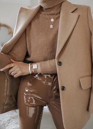 Идеальное шерстяное пальто люксового бренда piazza sempione