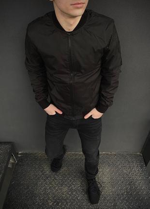 Мужской бомбер черный мужская ветровка куртка осенняя