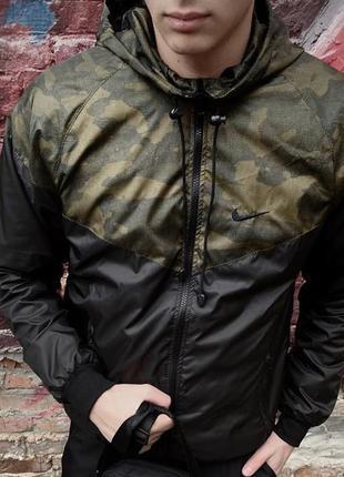 Мастерка непромокаемая с капюшоном легкая осенняя куртка спорт...