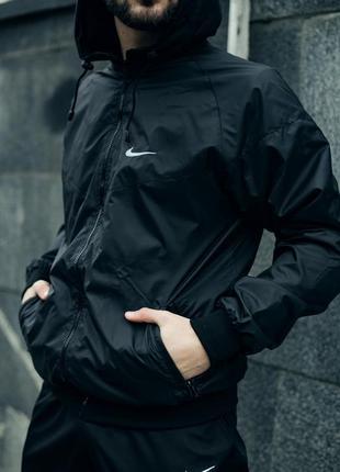Мастерка с капюшоном осенняя куртка легкая ветровка с подкладкой