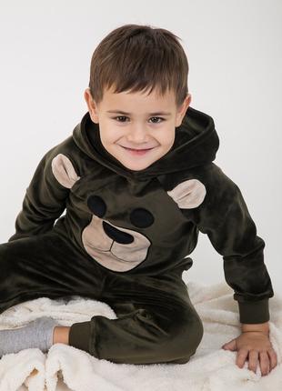 Детский костюм из велюра на мальчика 92,98