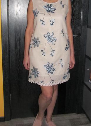 Вышитое платье  sweet miss р. 14