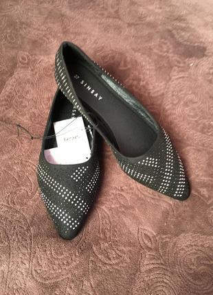 Новые балетки острый носок со стразами заострённый носок модные