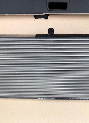 Продам радиатор алюминиевый НОВЫЙ. ВАЗ 2110, ВАЗ 2111, ВАЗ 2212