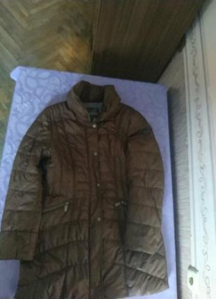 Красивое, лёгкое и теплое пальто,красивого цвета-шоколад