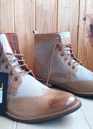 Кожаные удобные ботинки стильные высокие броги v19.69 versace ...