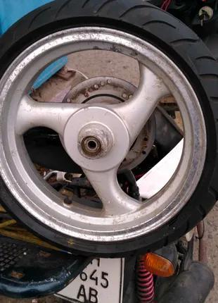 """Переднее колесо скутера в сборе 12"""" с тормозным диском."""
