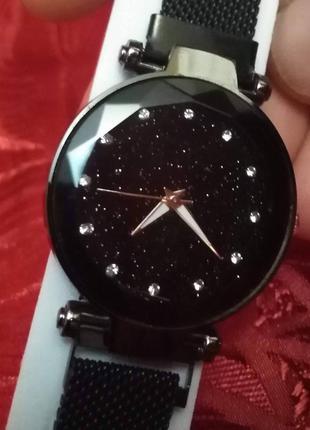 Часы женские наручные со звездным небом, черного цвета