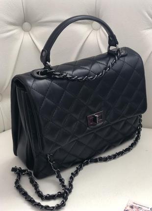 Кожаная сумка в стиле chanel чёрная