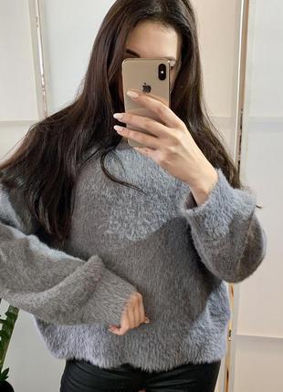 Очень красивый свитер -травка
