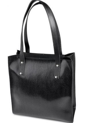 Практичная сумка шоппер с тиснением черного цвета
