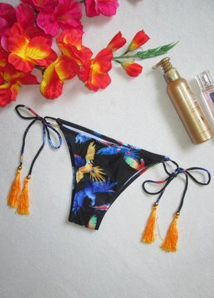 Бесподобные плавки от купальника бразилиана на завязках с кист...