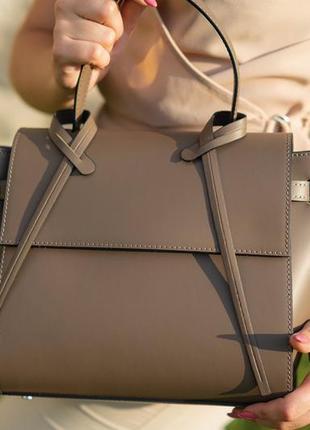 Элегантная кожаная сумка италия genuine leather
