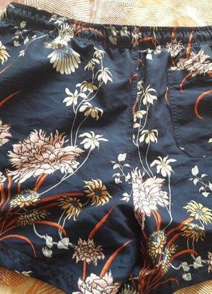 Пляжные фирменные шорты primark
