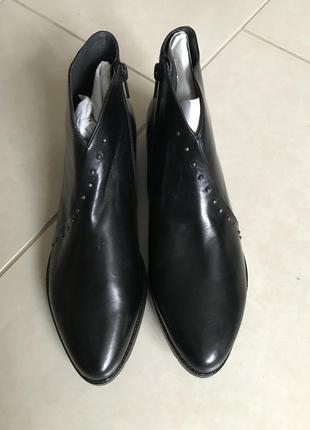 Ботинки кожаные уникальные и неповторимые everybody размер 38,...
