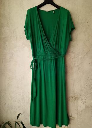 Платье миди, изумрудное, вискоза, на запах, большой размер, 54-56