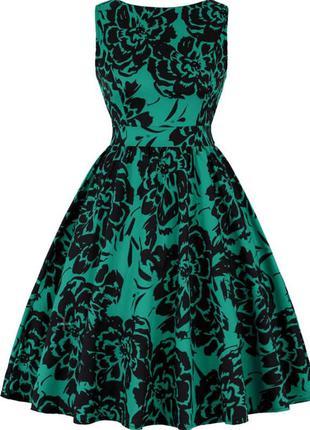 Изумрудное платье
