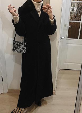 Шерстяное длинное пальто с меховым воротником/длинное пальто и...