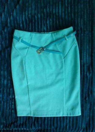 Мятная юбка-карандаш из костюмки
