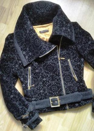 Пальто короткое, куртка шерстяная димисезонная. rinascimento