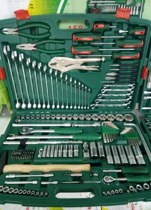 Набор инструментов (головок, ключей) TK-158V. HANS