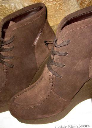 Замшевые ботинки calvin klein,раз 40