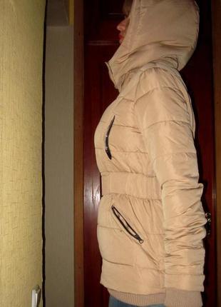 Куртки stradivarius,на синтепоне