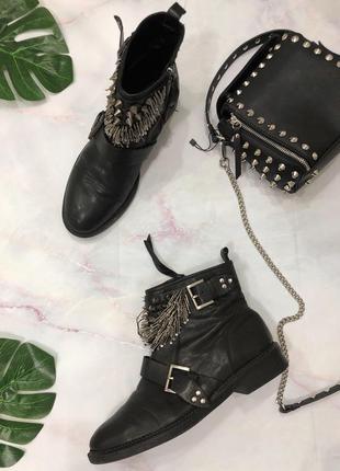 Натуральные кожаные ботинки zara размер 40 {26 см} в байкерско...