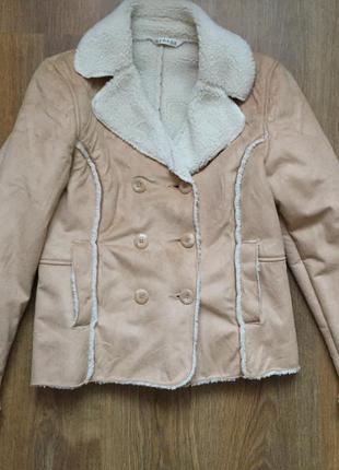 Теплая куртка, стильная, демисезонная куртка.