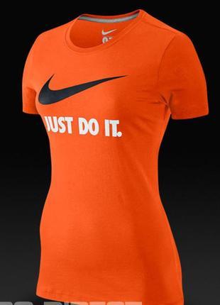 Яркая хлопковая спортивная футболка nike оригинал
