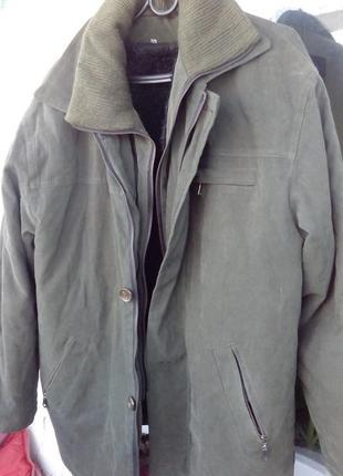 Зимняя, очень теплая куртка на подстежке. раз.52-54