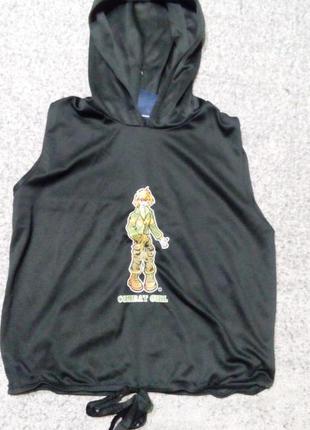 Модная, стильная футболка с капюшоном. на возраст 8-10 лет.