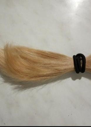 Волосы блонд, крашеные. длина 19 см
