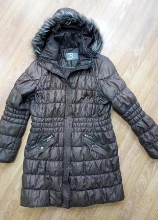 Брендовый, удлиненный пуховик, пальто с капюшоном на меху