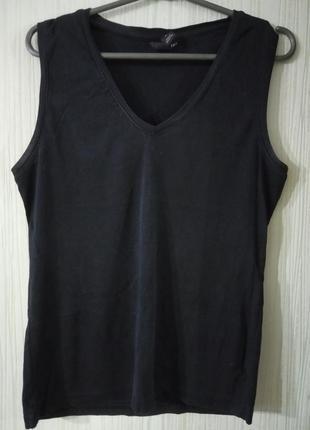 Качественная маечка черного цвета. бренд h&m.