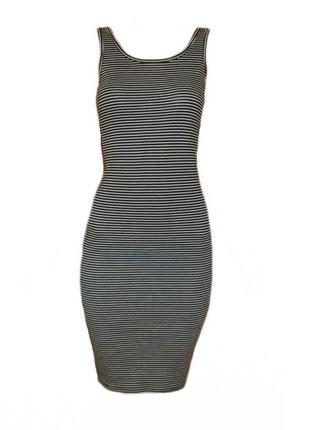 Летнее платье майка в полоску миди облегающее ниже колена повс...