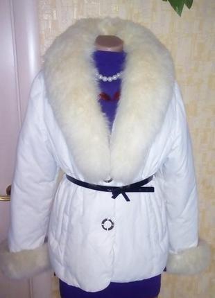 Пуховик с мехом песца/пуховик/куртка/пальто/мех песца