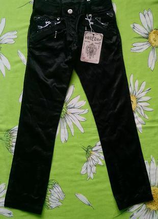 Новые черные брюки для девочки 6-7 лет
