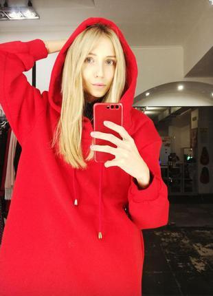 Платье худи свитшот с капюшоном карманами алый красный оверсайз