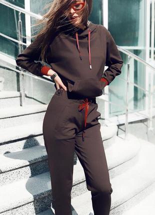 Шикарный осенний спортивный костюм с капюшоном брюки свитшот