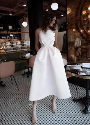 Шикарное вечернее свадебное платье миди на бретелях открытая с...
