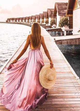 Шикарное сексуальное шелковое платье на выпускной в пол длинно...
