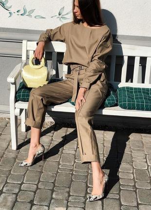 Шикарный прогулочный теплый костюм повседневный с брюками кежу...