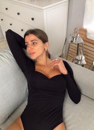 Шикарное сексуальное боди пуш ап черное с длинными рукавами бе...
