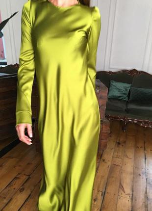 Минималистичное вечернее шелковое платье макси длинное зеленое...