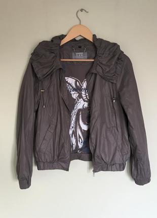 Куртка ветровка, легкая liv essentials
