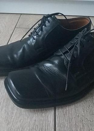 Туфлі чоловічі р.42 шкіра!