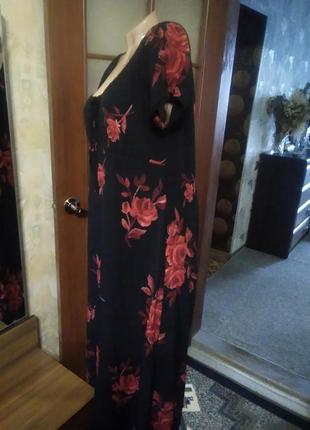 Красивое платье, большого размера